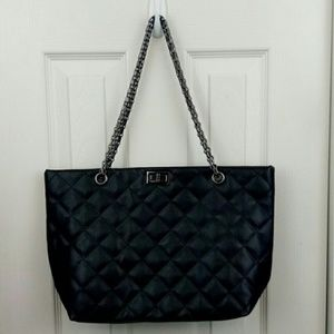 Handbags - Quilted Vegan Leather Tote